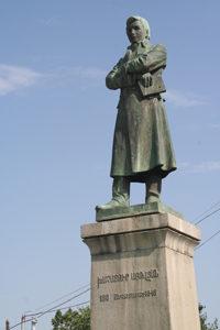 5(4)86 Աբ. բրոնզե արձանը